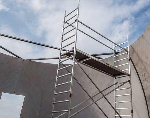nomanslanding-germany-build-inside-scaff
