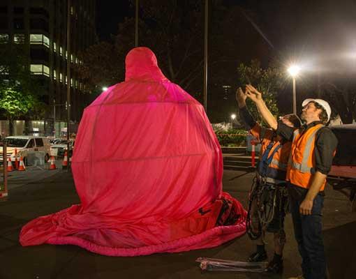 acon-giant-condom-sydney-hyde-park-build